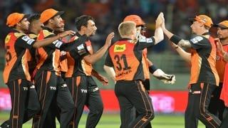 IPL 2016: Sunrisers Hyderabad thrash Mumbai Indians by 7 wickets