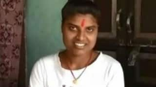 Shocking! Political Science topper of Bihar is clueless about her subject (Watch video)