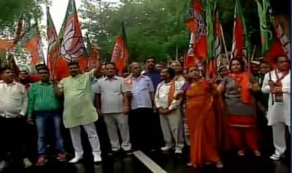 Batla encounter row: BJP stages protest, accuses Congress of propagating false sentiments