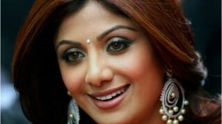 Shilpa Shetty Dances on Aflatoon at Iftar Party, Trolled