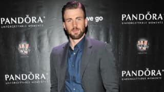Chris Evans won't walk around naked