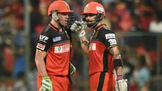 Virat Kohli, AB de Villiers keep RCB in contention for play-offs, watch video highlights of KKR vs RCB match