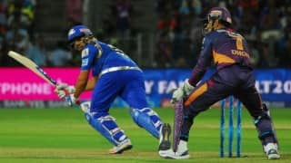 IPL 2016: All-round Mumbai Indians canter to 8-wicket win against Rising Pune Supergiants