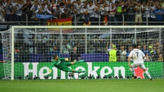 Cristiano Ronaldo scores winning penalty kick for Real Madrid against Atletico Madrid; win UEFA Champions League