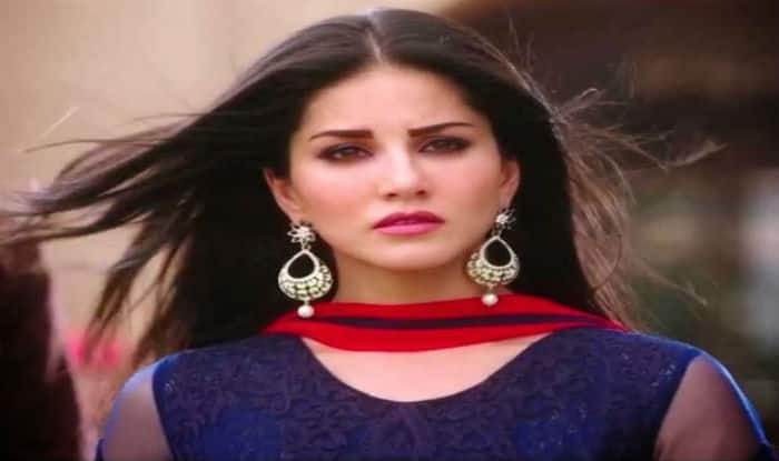 showbiz night stand movie review sunny leone tries redeem herself bollywood succeeds