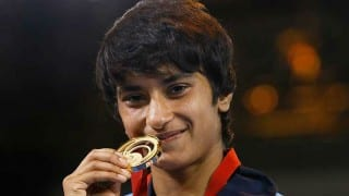 Commonwealth Games 2018: Vinesh Phogat Clinches Gold in 50 kg Women's Freestyle Wrestling