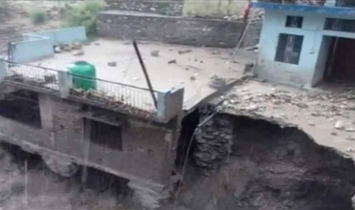 Six people killed in Kashmir cloudburst