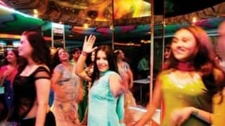 8 dance bars in Maharashtra to get license within 2 days