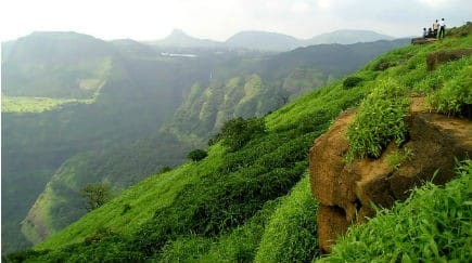 10 best places for a one-day picnic near Mumbai