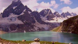 Kashmir ranks second to Switzerland in the most romantic destinations of the world