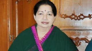 Jayalalithaa calls on K Rosaiah, stakes claim to form government