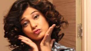 Jennifer Winget is almost unrecognizable in this super cute new hairstyle!