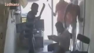 Road rage caught on camera: Man brutally attacked with butcher's knife in Ludhiana over car parking row (Watch Video)