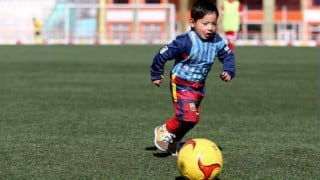 Lionel Messi's 5-year-old Afghan fan threatened, forced to leave the country