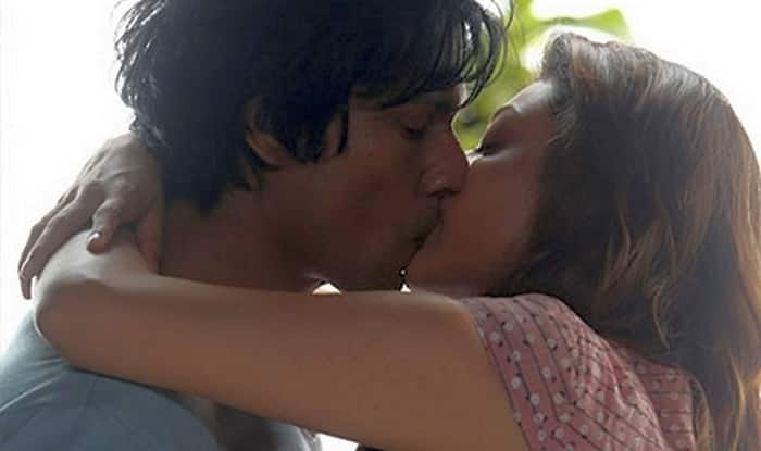 Image result for RANDEEP HOODA KISSING KAJAL IANS