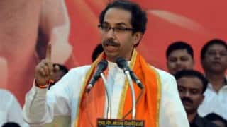 Shiv Sena to bear medical expenses of woman pushed out of train