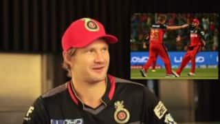 IPL 2016: Watch Shane Watson sing 'lungi dance' with Mr. Nags and more!