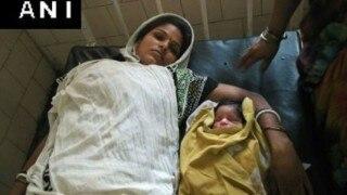 Woman delivers healthy baby boy in Delhi Police van