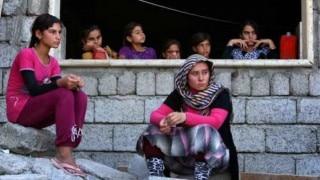 Refugee sets herself alight at immigration camp on Nauru