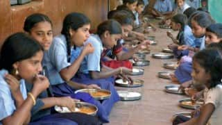Jharkhand: 'Lizard-infected' food served as mid-day meal; 90 kids fall sick