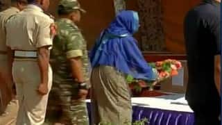 Pampore encounter: Mehbooba Mufti, Nirmal Singh attend wreath laying ceremony for martyrs