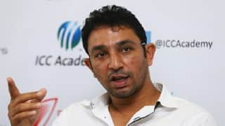 PCB to retain Azhar Mahmood as bowling coach of national team