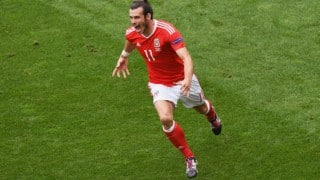 Euro Cup 2016: Wales register first win of competition through Hal Robson-Kanu's strike against Slovakia