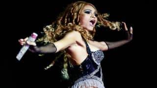 Fans go into frenzy as Beyonce Knowles sneezes mid-concert