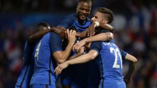 FRA beat IRE 2-1   Live Football Score Euro 2016 Round of 16: Get full scorecard & live updates of France vs Republic of Ireland
