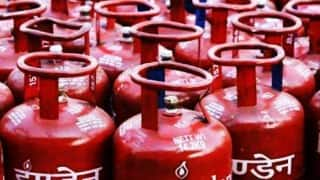 Price of non-subsidised LPG cylinder hiked by Rs 38.50