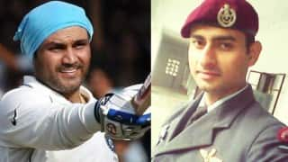 Virender Sehwag salutes Pathankot braveheart Sailesh Gaur, who took six bullets and is back in action!