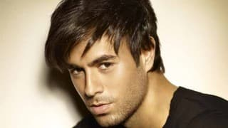Enrique Iglesias saves fan from security men at gig