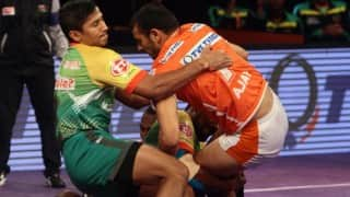 Match Tied | Pro Kabaddi 2016 LIVE Score Puneri Paltan vs Dabang Delhi (27-27 FT): Live Score Updates & Match Results of PKL 4, match 7