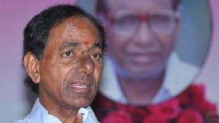 Judges stir: Telangana Chief Minister K Chandrasekhar Rao meets Governor