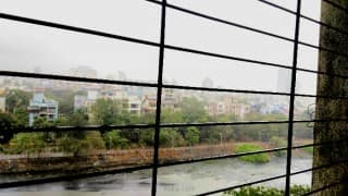 #MumbaiRains: After long dry spell, city gets its first pre monsoon shower!