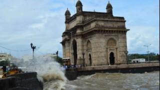 Mumbai rains: High tide measuring 4.24 meters hits Mumbai, BMC issues advisory as rain continues