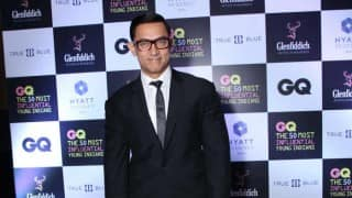 Aamir Khan goes nerdy for Delhi night out