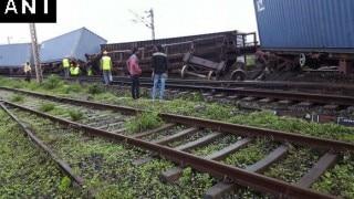 Western Railway cancels long-distance train after goods train derails near Dahanu