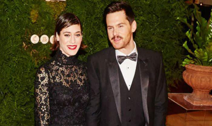 Lizzy Caplan engaged to actor Tom Riley
