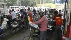 Karnataka: Motorists Will be Denied Petrol For Not Wearing Helmet in Kalaburagi