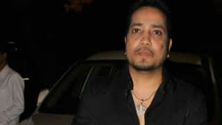 Mika Singh Arrested in Dubai: Twitterati Erupts in Anger After Singer Allegedly Sends Obscene Messages to 17-Year-Old Girl