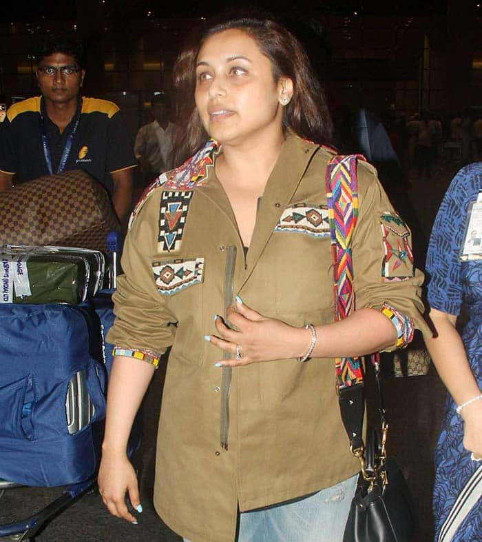 OMG! Is that Rani Mukerji? See her post pregnancy photos ...
