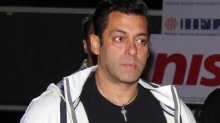 Rajjat Barjatya dead: Salman Khan pays condolences on Twitter
