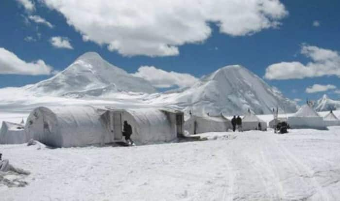 Pakistan fighter jets fly over Siachen, 'Indian air space not violated'