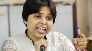तृप्ति देसाई ने सबरीमाला मंदिर जाने का किया ऐलान, BJP ने कहा- भावनाओं को ठेस न पहुंचाएं
