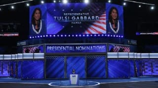Tulsi Gabbard nominated Bernie Sanders for President, instead of Hillary Clinton
