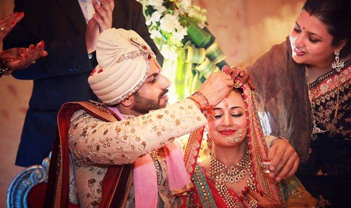 Divyanka Tripathi ties knot with Vivek in traditional way
