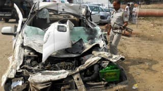 Fiat Linea Collides With Truck on Mumbai-Ahmedabad Highway, 3 Persons Dead