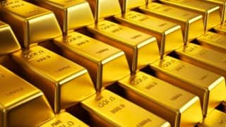 Gold rises to 2-year high on weaker US dollar