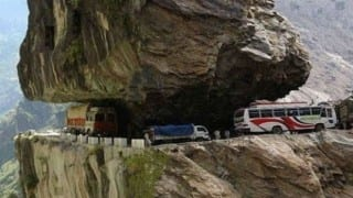 Himachal Pradesh: High Court summons HRTC MD, transport Commissioner over accidents due to bad roads